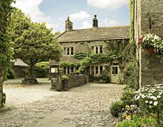 Ashfield House - Grassington -  17th Century Private Guest Accommodation - 5 Star  -  Offering hotel services