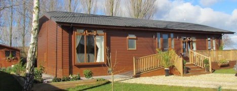 Cliffe Country Lodges - Exclusive Timber Lodge Development