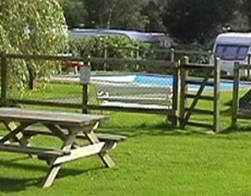 Yorkshire Hussar Inn & Holiday Caravan Park
